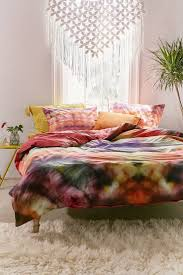 Tapestry On Bedroom Wall How To Paint Tie Dye On Paper Bedroom Sets Born In Room