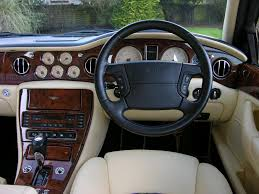 2009 bentley arnage interior 2001 bentley arnage specs and photos strongauto