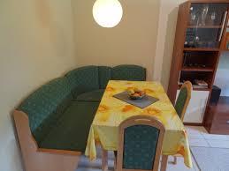 Kleiderschrank F 2 Personen Ferienwohnung Mit 2 Schlafzimmern In Ostseenähe