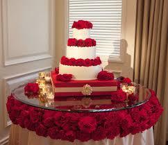 fabulous wedding cake table ideas using flowers belle the magazine
