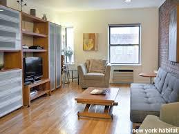 apartment livingroom pretentious new york bedroom roommate share apartment living room