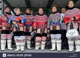 inuit people traditional costume stock photos u0026 inuit people