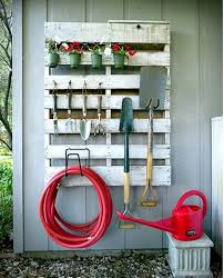Diy Backyard Landscaping On A Budget by Best 25 Diy Backyard Ideas Ideas On Pinterest Backyard Makeover