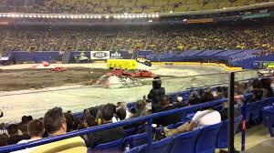 monster spectacular 2014 montreal bounty hunter freestyle