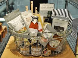 dean and deluca gift basket 5 best stores for picnic supplies