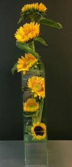 sunflower centerpieces 59 best sunflower centerpieces images on sunflower