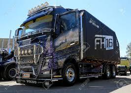 volvo trucks presents the new volvo fm mercedes cla 2014 camaro 100 truck volvo 2014 volvo fh16 750 4 2 tractor