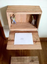 Diy Kid Desk 20 Incredibly Useful And Adorable Pallet Furniture