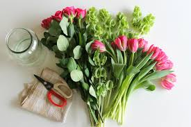 cut flowers 5 simple ways to make fresh flowers last longer pretty