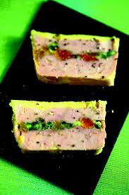 cuisiner foie gras recette de foie gras de canard mi cuit aux abricots et pistaches
