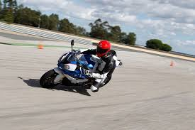 Bmw S1000rr Review 2013 First Ride Bmw S1000rr Review Visordown