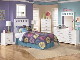Teenage Bedroom Furniture For Small Rooms by Bedroom Furniture Cozy Teenage Kids Bedroom Decor For