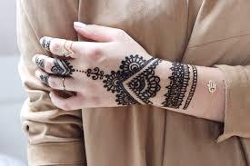 einfache henna tattoo hand vorlagen die besten 25 red henna