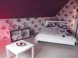 chambre prune et blanc charming deco chambre blanc et taupe 2 chambre prune blanc et