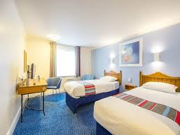 Travelodge London Chigwell Woodford Hotel Reviews Photos - Travelodge london family room