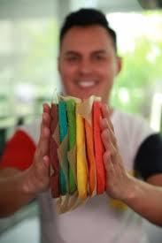 rainbow cake hervé cuisine recette du rainbow cake ou gâteau arc en ciel facile avec hervé cuisine