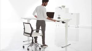 height adjustable table from featherlite office furniture youtube