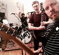 Wohnzimmer Records Destroyed But Not Defeated Startseite Facebook