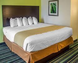 Comfort Inn And Suites Sandusky Ohio Quality Inn U0026 Suites Rainwater Park Hotel In Sandusky Oh