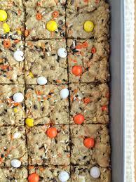candy corn halloween cookie bars i dig pinterest