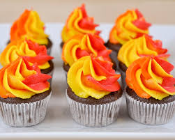 thanksgiving mini cupcakes best 25 campfire cupcakes ideas on pinterest camp cupcakes