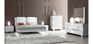 White Italian Bedroom Furniture Caprice White High Gloss Italian Bedroom Furniture Set