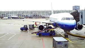 United Air Baggage United Airlines A320 Ground Operation Chicago O U0027hare Airport Youtube