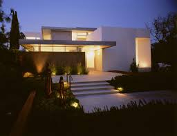 Landscape Lighting Los Angeles Boxenbaum Residence Modern Exterior Los Angeles By Ehrlich