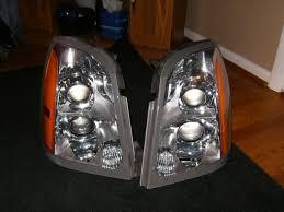 cadillac srx headlights 09 cadillac headlights hid and nonhid f s nasioc