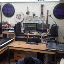 thomann studio desk more brilliant reader studios your studio pictures sent in via