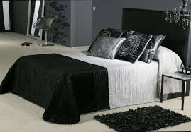 Gothic Victorian Bedding Create Mysterious Gothic Bedroom In Your House U2013 Univind Com