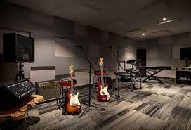 from rock walls to music rooms amenities are top selling points