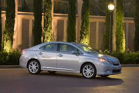 lexus hs 250h japan lexus stops deliveries and may recall hs 250h after nhtsa tests