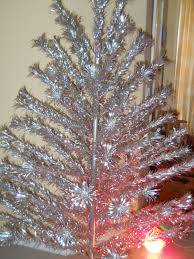 Evergleam Aluminum Christmas Tree Vintage by Vintage Color Wheel For Aluminum Christmas Tree Home Decorating