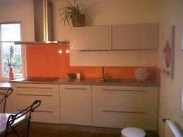 cuisine couleur orange cuisine blanche mur vert avec cuisine couleur bleu gris fashion