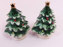 lefton christmas tree salt and pepper shakers 1950 u0027s made in japan