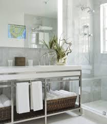 Tv In Mirror Bathroom by Lighted Mirror Tvs