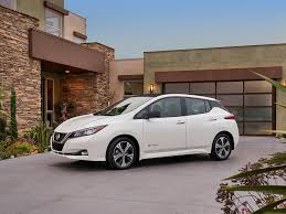 nissan leaf australia price nissan leaf tech shows how it can chip away at tesla business