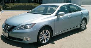 is lexus toyota what is the difference between toyota and lexus cardealpage
