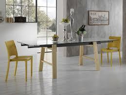 tavoli di cristallo sala da pranzo allungabile in vetro con gambe in legno