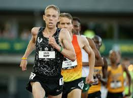 olympic bronze medalist galen rupp in manchester road race field