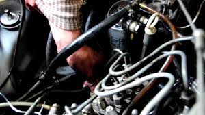 checking the timing of the diesel pump on a mercedes benz 300 td