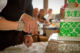 wedding cake cutting wedding cake cutting