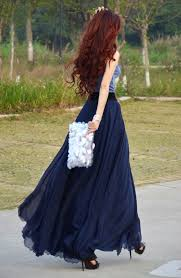 flowy maxi skirts flowy maxi skirt same color top sparkly clutch and curls