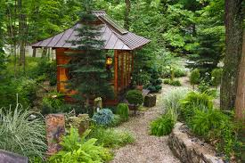 Playhouses For Backyard by 10 Cool Ideas For Backyard Retreats And Playhouses