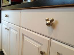 Kitchen Cabinet Knobs And Handles Best 25 Kitchen Drawer Pulls Ideas On Pinterest Kitchen Cabinet