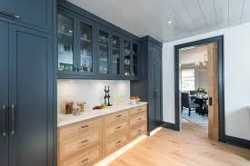 best paint for kitchen cabinets with primer the best primer and paint to transform kitchen cabinets