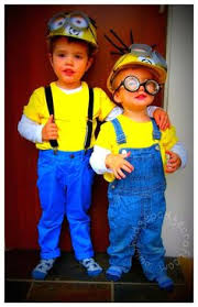 despicably cute and easy minion costume by notsoidlehands com