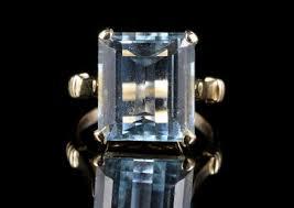 antique art deco aquamarine ring 10ct of aqua 18ct gold front 483x341 jpg