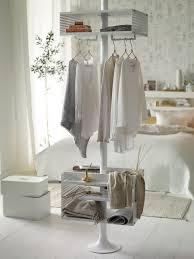 wohnideen schlafzimmer skandinavisch schlafzimmer skandinavischen weiß gold kleiderständer